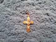 Продам золотой кулон-крестик 585 (Иисус Христос) (б/у)